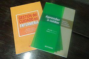 Los dos libros de Ricardo Ayala publicados en Chile.