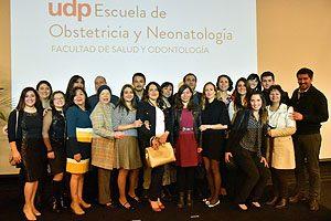 Cuerpo docente de la Escuela de Obstetricia y Neonatología UDP, incluyendo a la Mat. Daniela Tupper, quien hasta enero de este año fue Secretaria de Estudios de este programa.