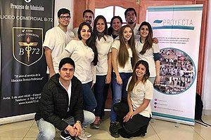 "Integrantes de Proyecta, impulsores de ""Limpiando Sonrisas"", que concluye mañana en Clínica Odontológica UDP."