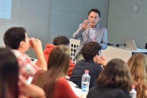 Dr. Pau Vila, Jefe de Operaciones Internacionales de la empresa española Biosystems SA.
