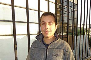 El egresado Cristóbal Sepúlveda, líder del Grupo de Voluntariado Odontológico de la Escuela de Odontología UDP.