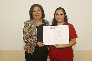 """Premio """"Excelencia Académica"""": Ximena Núñez Jiménez."""