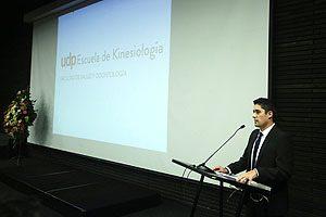 Tomás Lara, egresado de la 1° generación de la Escuela de Kinesiología UDP.